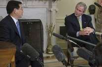 Vietnamese President Thanks US For Money To Deal With Agent Orange And Dioxin After War – Bush Meets Nguyen Minh Triet