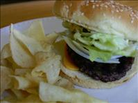 Hamburger and chips - BSN